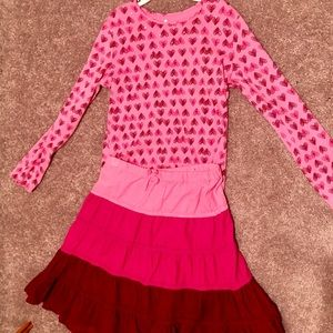 (2/$12 item!) Children's place skirt and top set